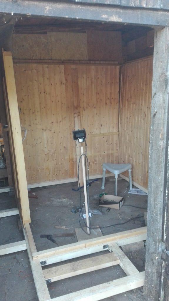 Alte Sauna im Gartenhaus aufbauen