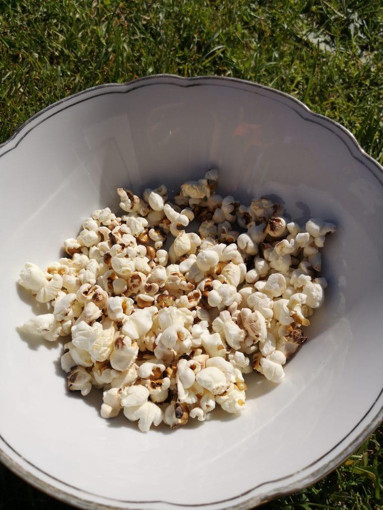Popcorn vom Lagerfeuer für Kindergeburtstag